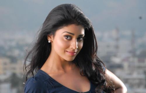 Cute Shriya Saran